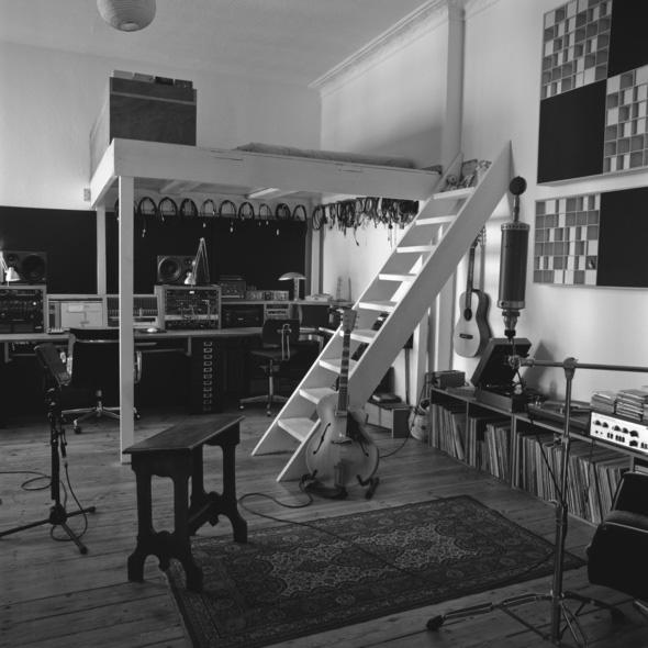 Nils Frahm's Durton Studio_bunk bed_web